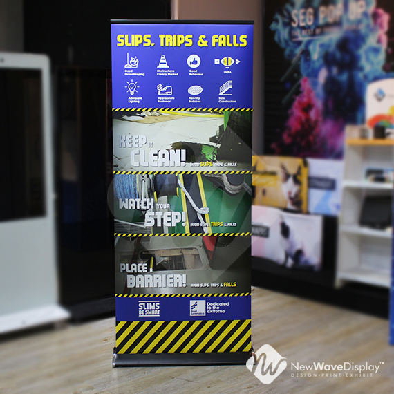 cruise roll up banner