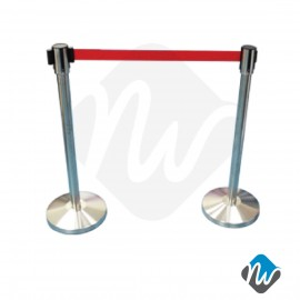 Retractable Queue Poles